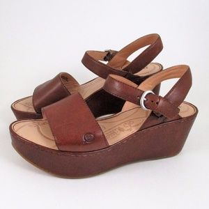 New Born 9 Chunky Platform Sandals Brown Leather